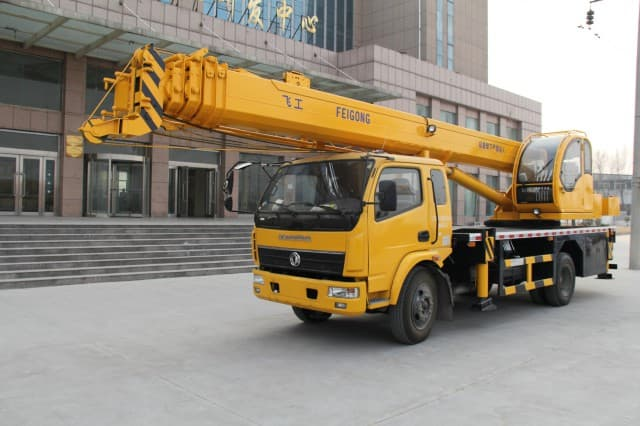 variety kinds of cranes