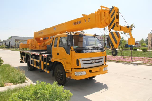 Types Of Mobile Cranes : Different types of construction cranes in use today symmen
